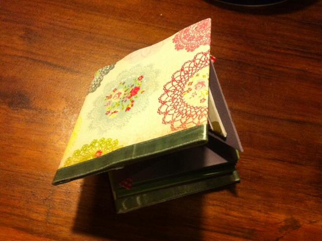 caja sorpresa con album m u00e1gico by pilu   u2013 tocandolaluna
